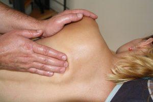 Cervicobrachialgia, a chi rivolgersi Tutto quello da sapere